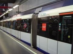 _4minimetro-madrid-treno.jpg