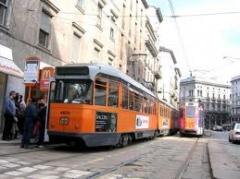 atm,disabili,milano,tram