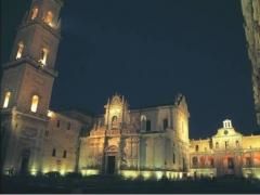 lecce_piazza_duomo.jpg